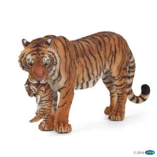 Papo Tigress with Cub Wild Animal Kingdom figure - Papo 50118
