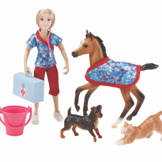 Day At The Vet, Breyer Classics (1:12 Scale) Play Set | LeVida Toys