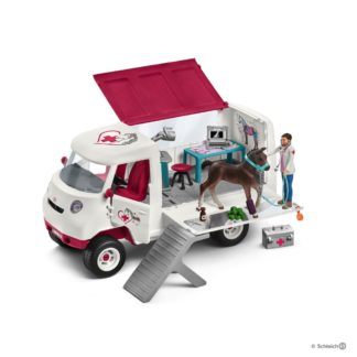 Mobile Vet with Hanoverian Foal (Schleich 42370) | LeVida Toys