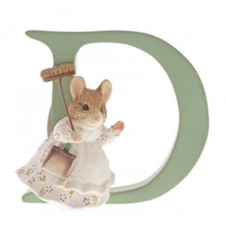 """D"" Hunca Munca Sweeping - Peter Rabbit Letter | LeVida Toys"