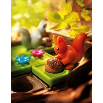 Smart Games Squirrels Go Nuts - Compact Puzzle Game | LeVida Toys