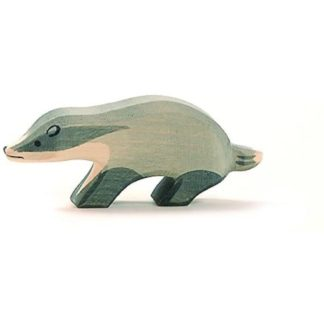 Badger (head straight) (Ostheimer 16261) - Wooden Animal Figure | LeVida Toys